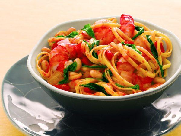 rezept-linguini-mit-shirmps-in-ahorn-tomatensauce