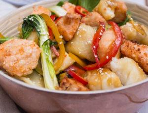 Ahorn-Fisch-Gemüse-Wok