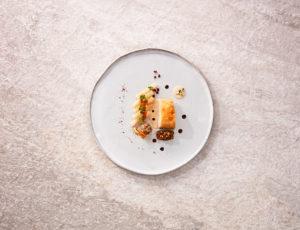Perlhuhn // Saure Schwarzwurzeln // geröstete Gerste // Cranberries