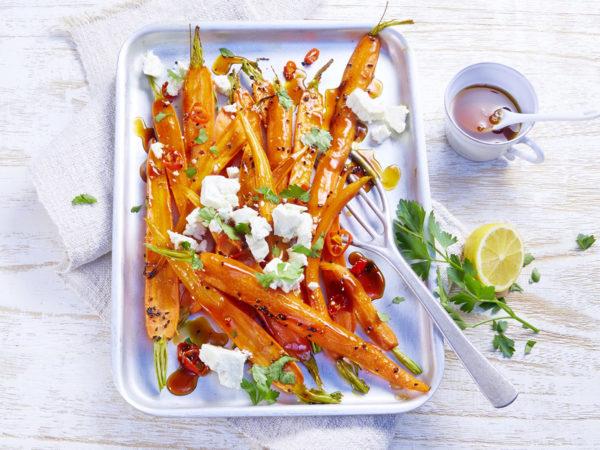 00170_Glasierte Karotten und Fetakäse