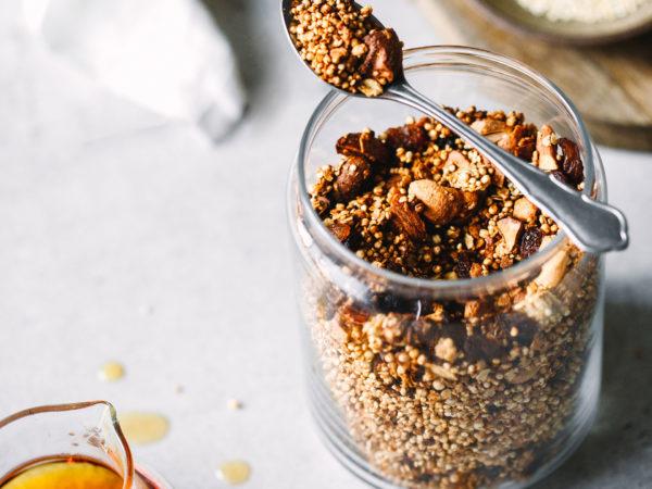 00004_Foodlovin_Quinoa-Granola_1