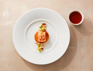 Volker Beucherts Seeteufel | Meerrettich | Boskop | Maple Glazed Bacon | Eistropfensalat