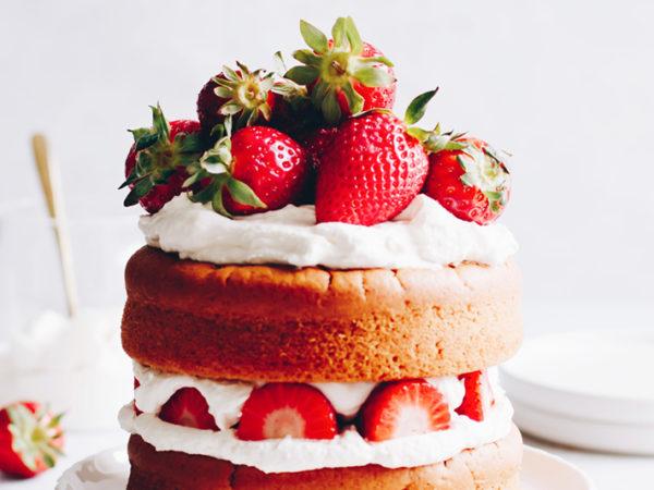 Erdbeer-Naked-Cake