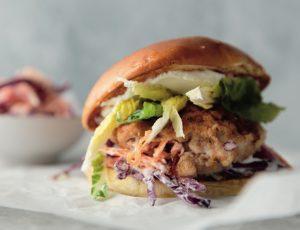 Chickenburger mit Ahorn-Krautsalat